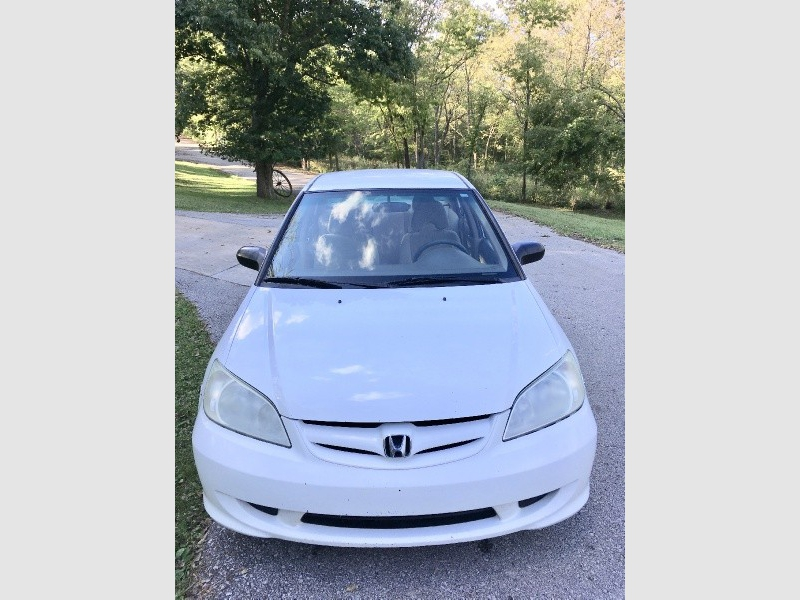 Honda Civic 2004 price $3,200