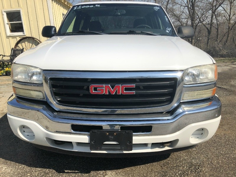 GMC Sierra 1500 2006 price $8,995 Cash