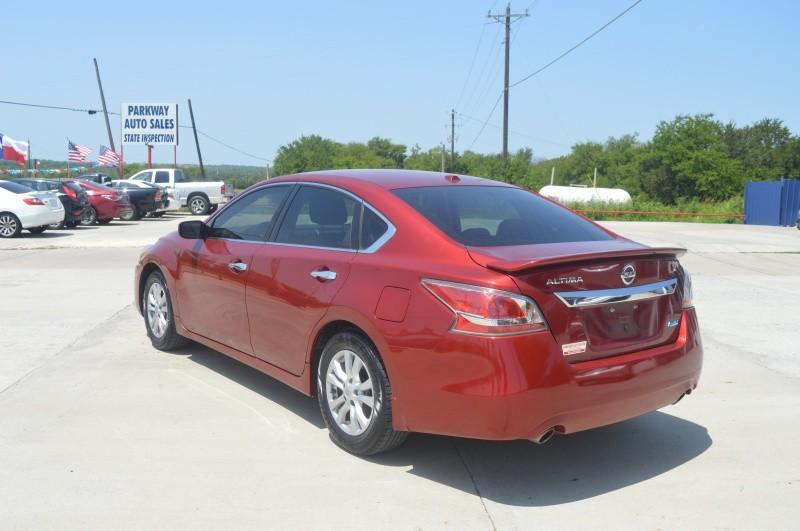 Nissan Altima 2014 price $10,502