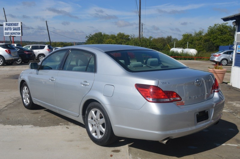 Toyota Avalon 2007 price $5,900