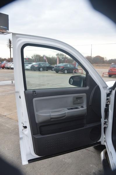 Dodge Dakota 2010 price $9,650