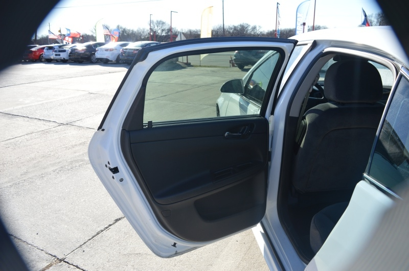 Chevrolet Impala 2016 price $7,995