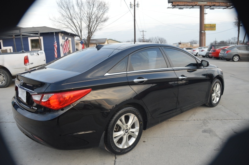 Hyundai Sonata 2013 price $9,950