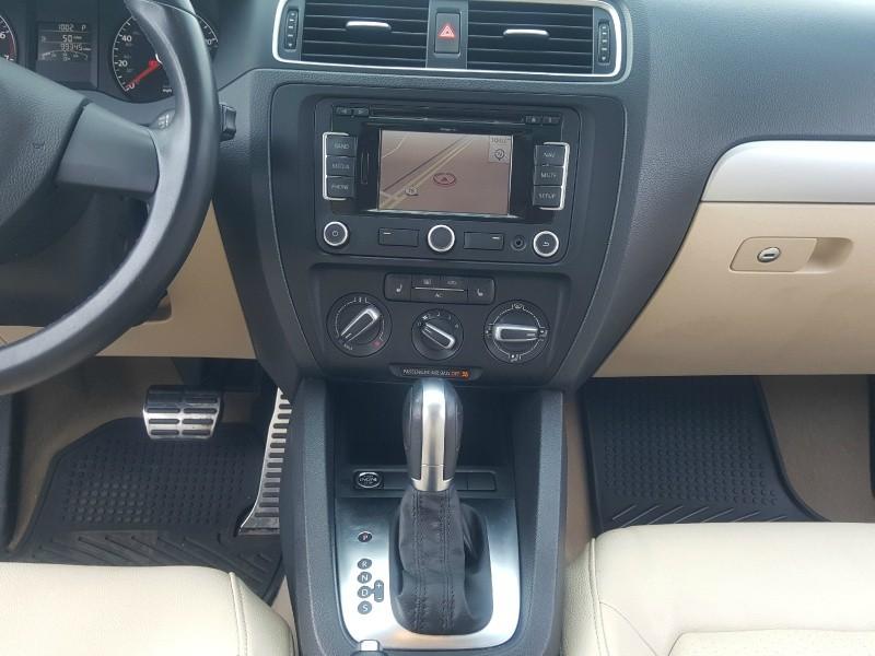 Volkswagen Jetta 2011 price $6,996