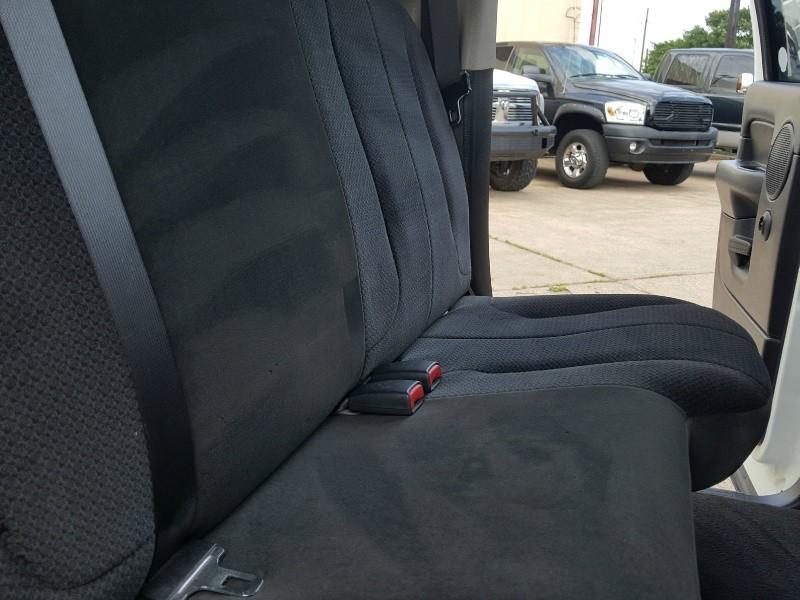 Dodge Ram 2500 2005 price $16,812