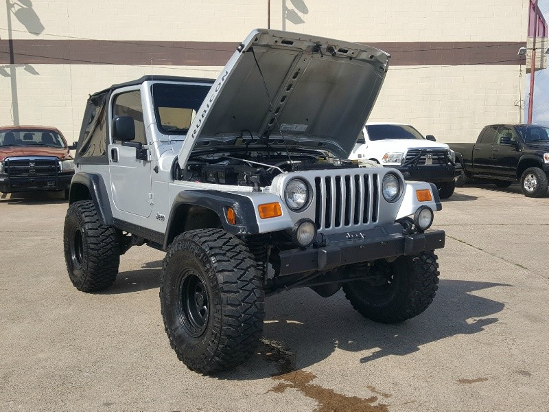 Jeep Wrangler 2003 price $11,986