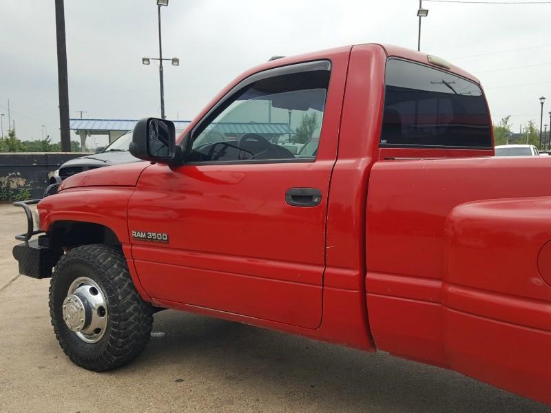 Dodge Ram 3500 2001 price $9,493