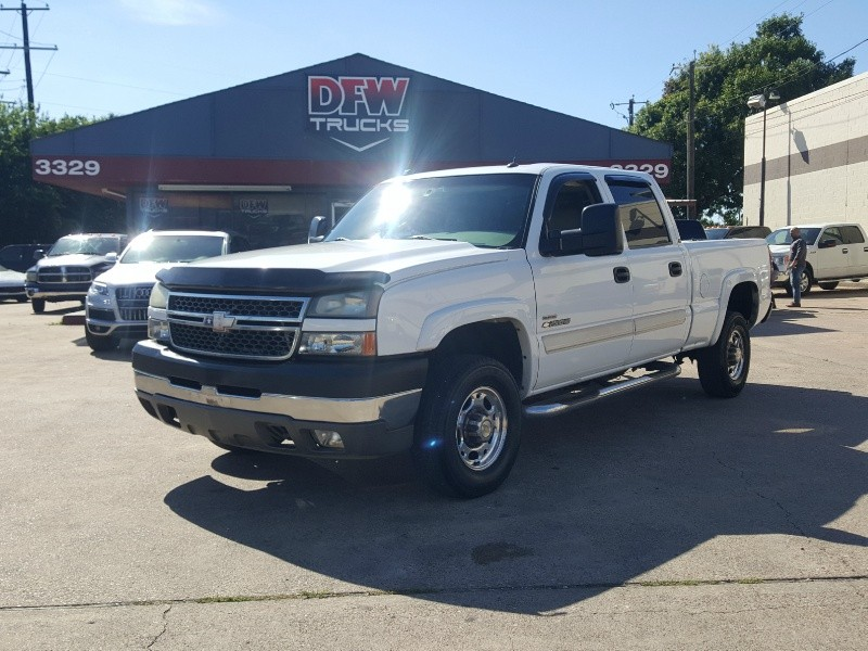 Chevrolet Silverado 2500HD 2005 price $13,597