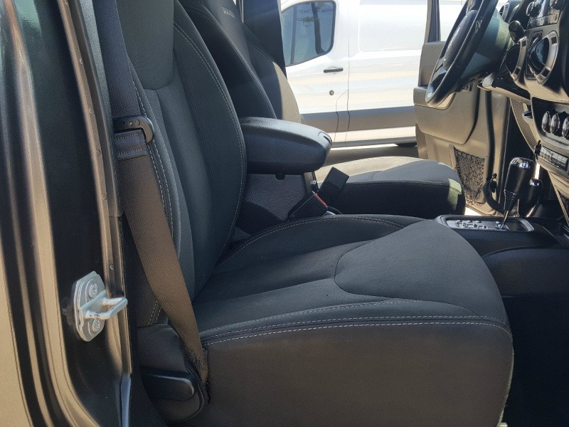 Jeep Wrangler 2017 price $28,992