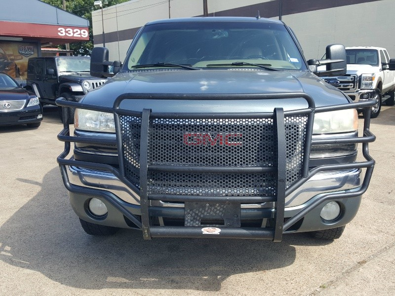 GMC Sierra 2500HD Classic 2007 price Call for Pricing.