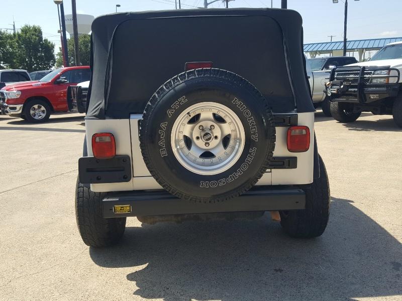 Jeep Wrangler 2006 price $11,675