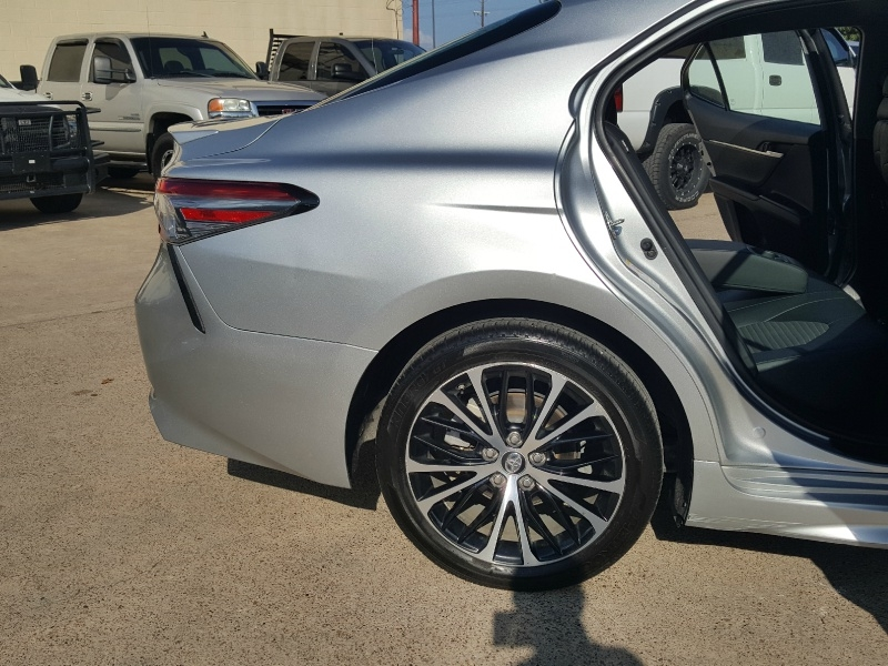 Toyota Camry 2018 price Call for Pricing.