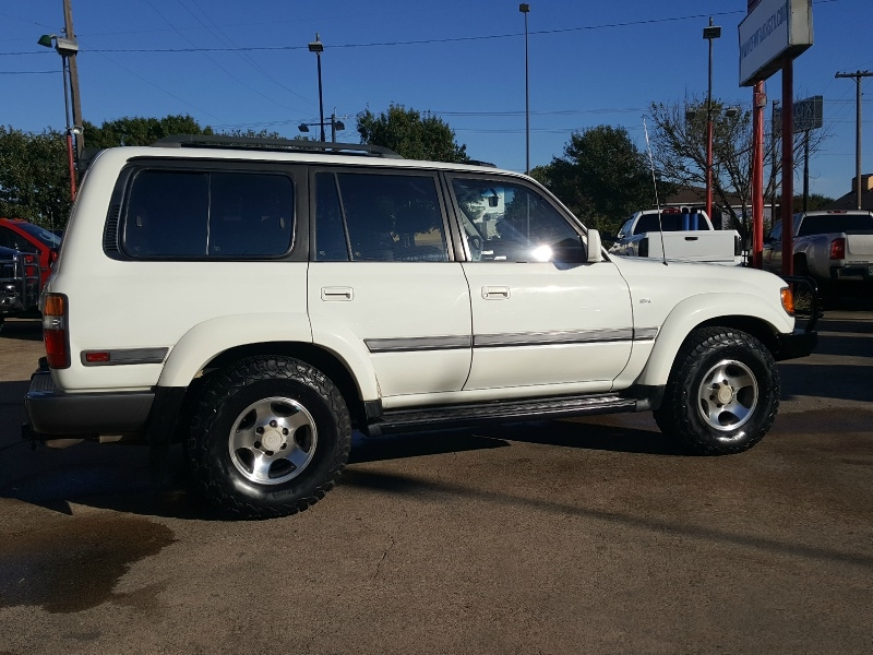 Toyota Land Cruiser 1997 price Call for Pricing.