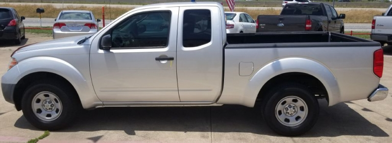 NISSAN FRONTIER 2010 price $6,995