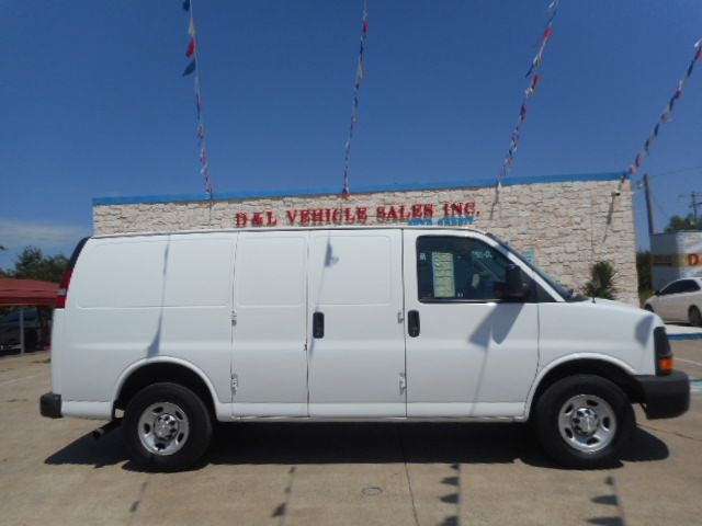 CHEVROLET EXPRESS G2500 2016 price $9,500