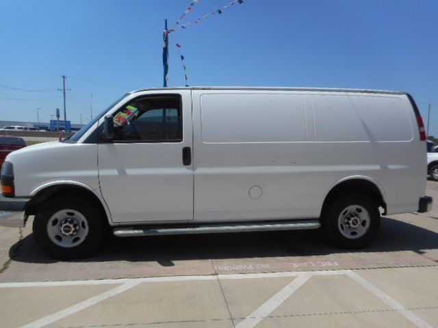 GMC SAVANA 2015 price $8,995