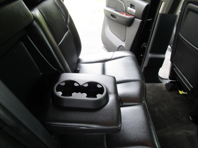 Chevrolet Avalanche 2011 price $17,995