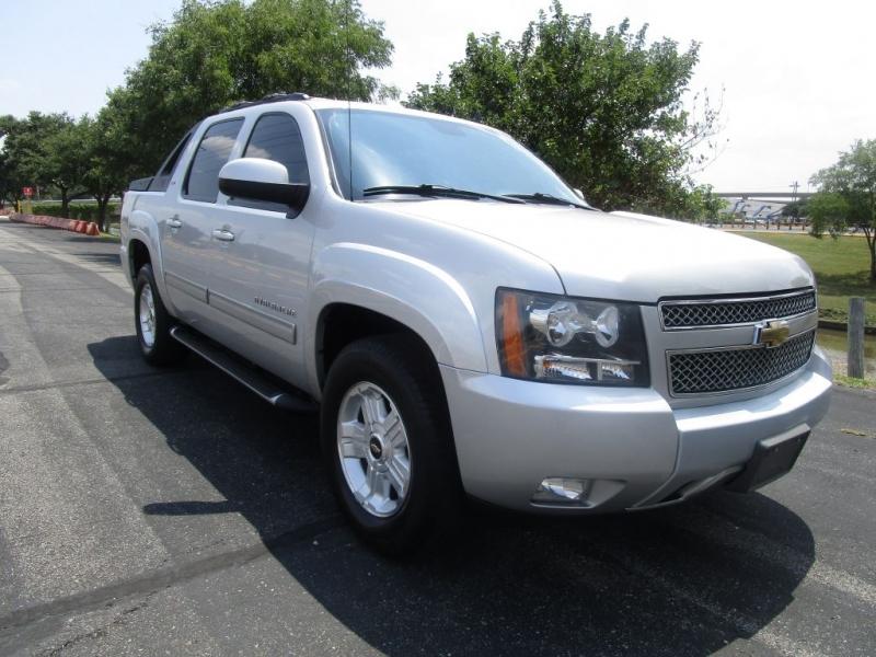 Chevrolet Avalanche 2011 price $16,995