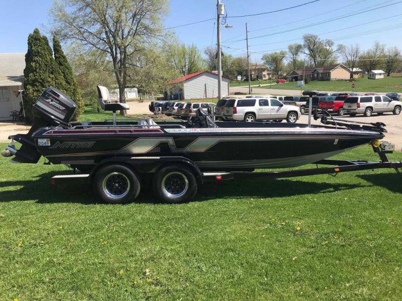 TRACKER NITRO 2000 DC 1993 price $8,900