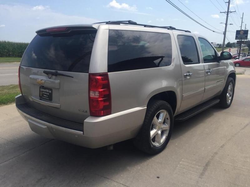 Chevrolet SUBURBAN 2009 price $8,650