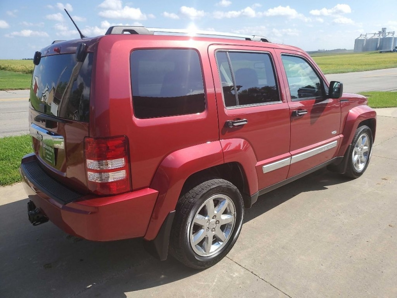 JEEP LIBERTY 2012 price $8,750