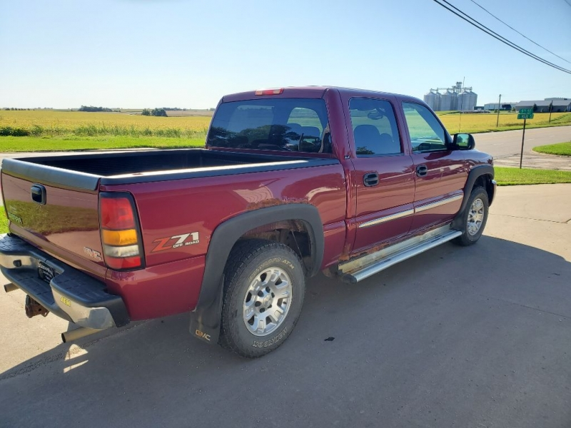 GMC SIERRA 1500 2005 price $6,150