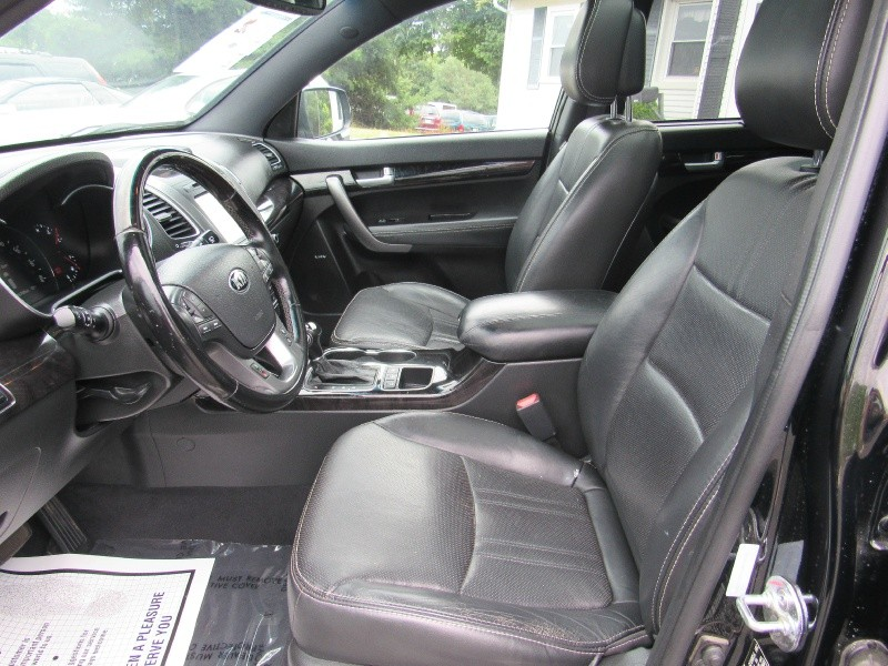 Kia Sorento 2014 price $10,999