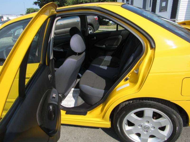 Nissan Sentra 2004 price $4,995