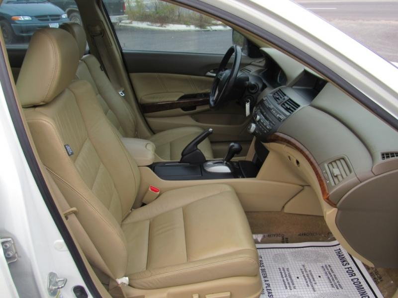 Honda Accord Sdn 2008 price $9,995