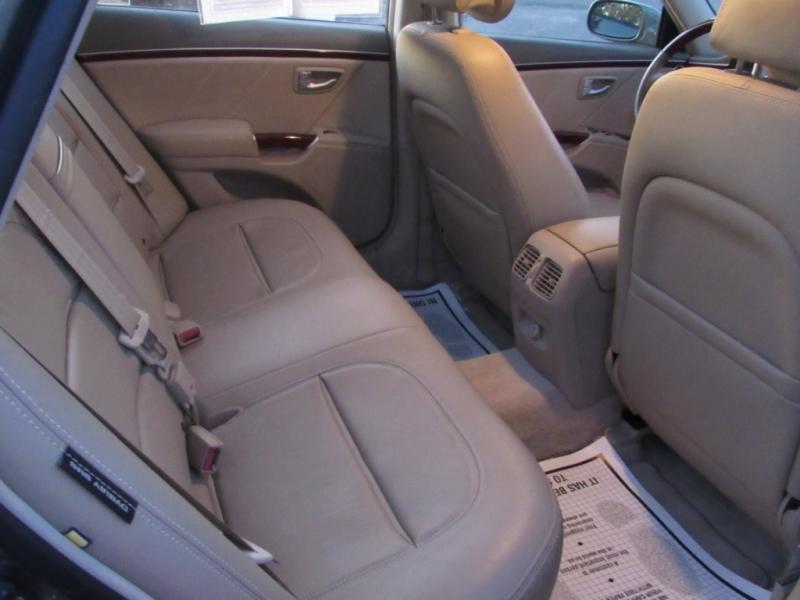 Hyundai Azera 2006 price $6,995