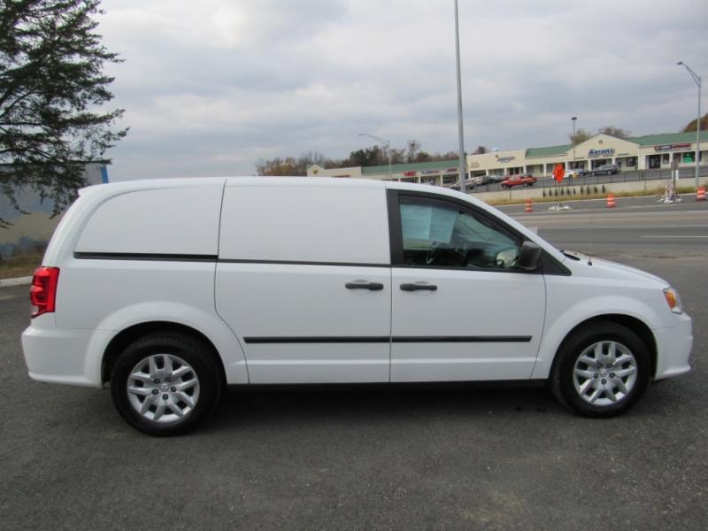 RAM Cargo Van 2014 price $6,995