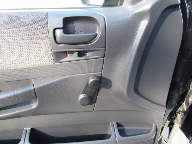 Dodge Dakota 2004 price $4,995