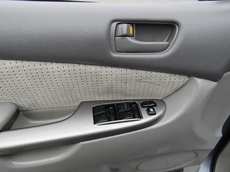 Toyota Sienna 2008 price $7,995