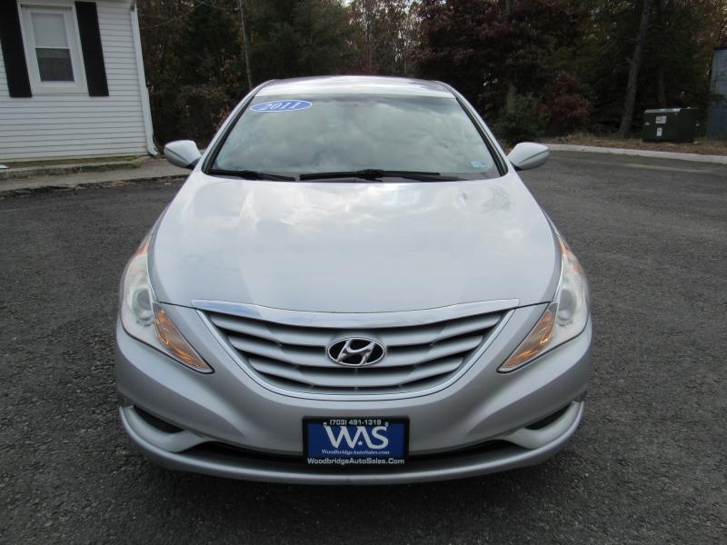 Hyundai Sonata 2011 price $7,695
