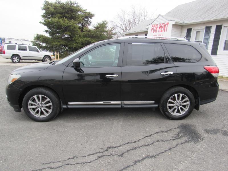 Nissan Pathfinder 2014 price $12,995
