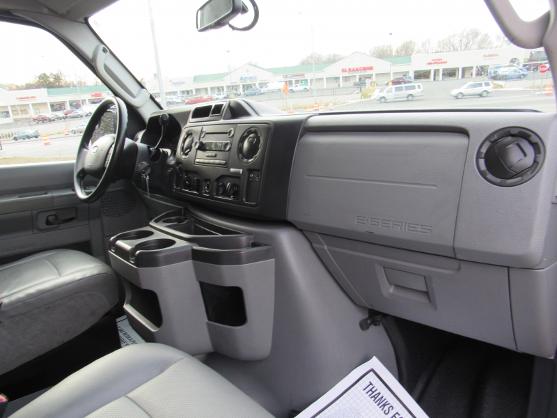 Ford Econoline Cargo Van 2012 price $10,995