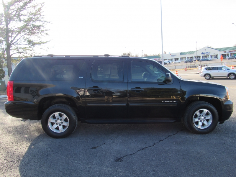 GMC Yukon XL 2011 price $13,495