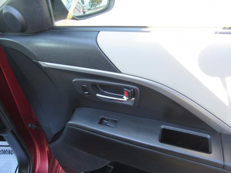 Mazda Mazda5 2012 price $7,450
