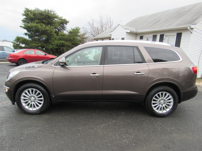 Buick Enclave 2009 price $9,495