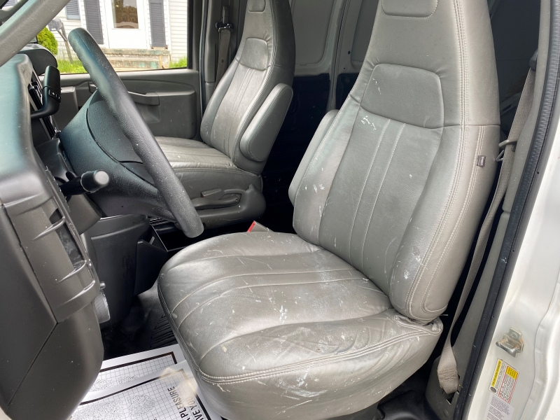 Chevrolet Express Cargo Van 2015 price $15,495