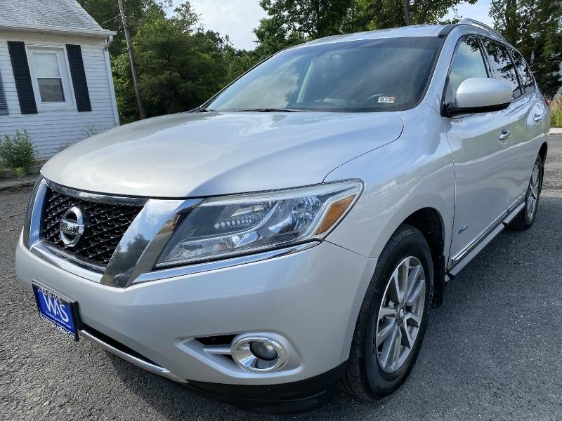 Nissan Pathfinder 2014 price $14,395