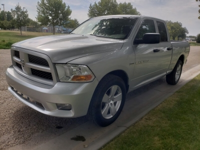 2012 Ram 1500 // 4WD // Quad Cab // CleAn CarFax // LoWeR MiLeaGe