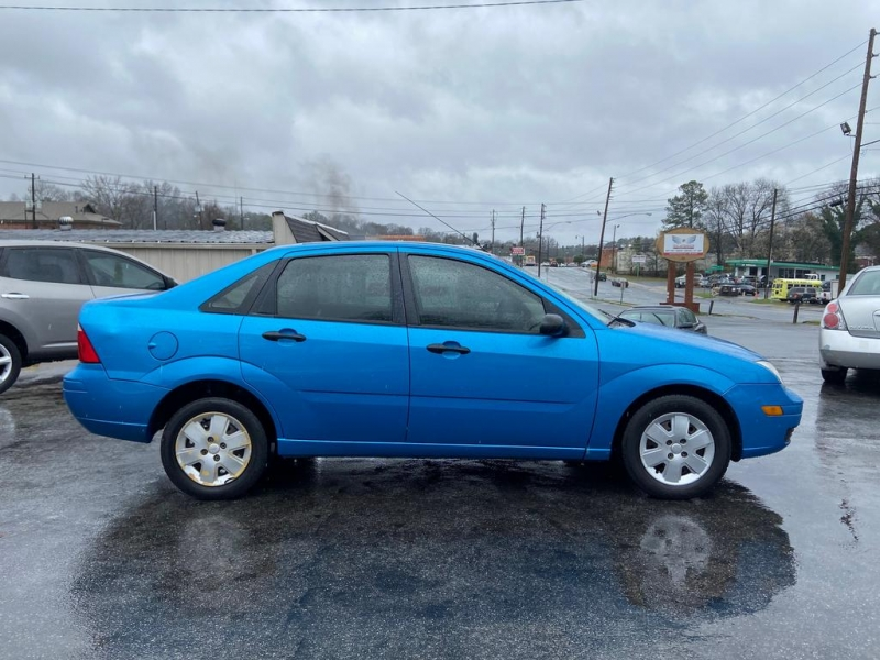 Ford Focus 2007 price $2,000
