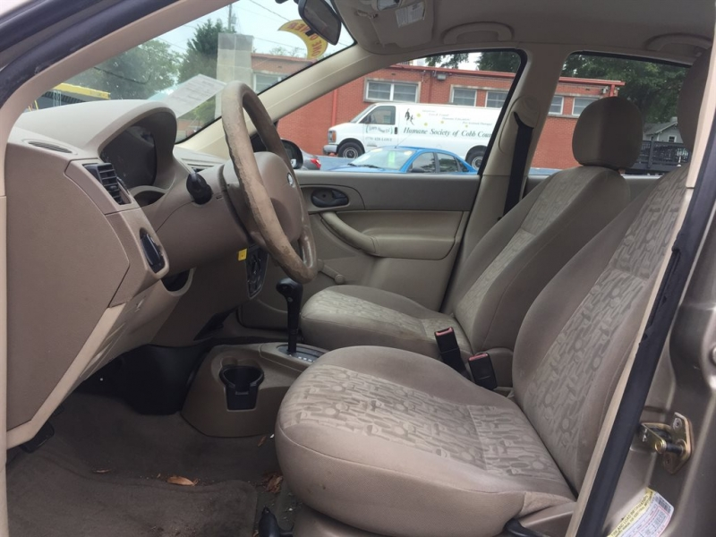 Ford Focus 2005 price $900 Down