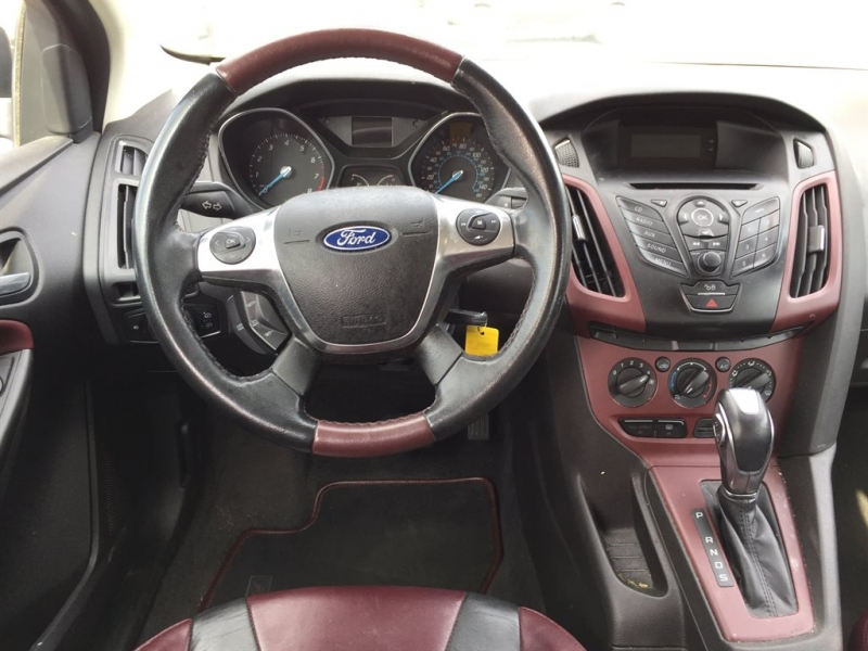 Ford Focus 2012 price $1,500 Down