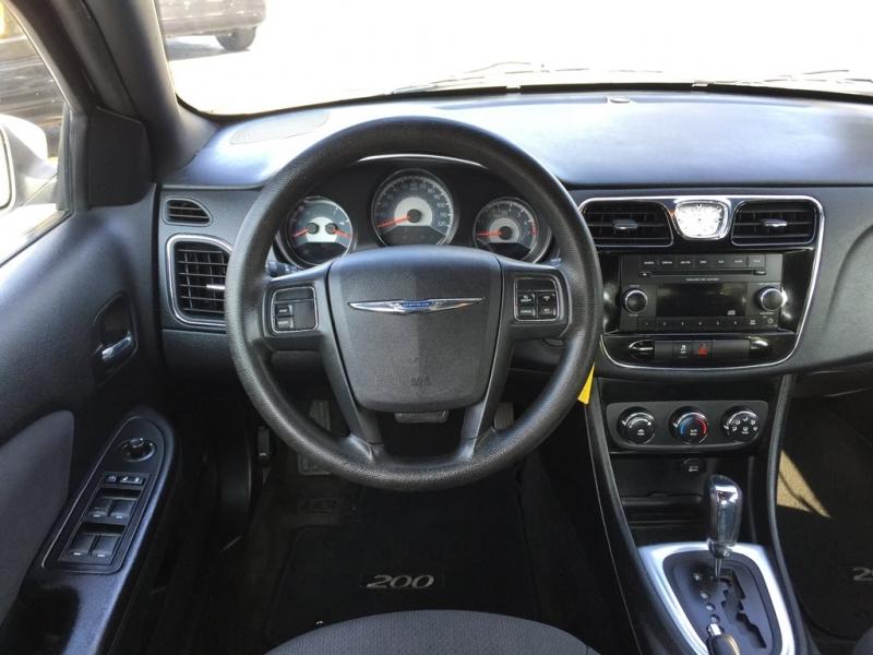 Chrysler 200 2012 price $1,500 Down