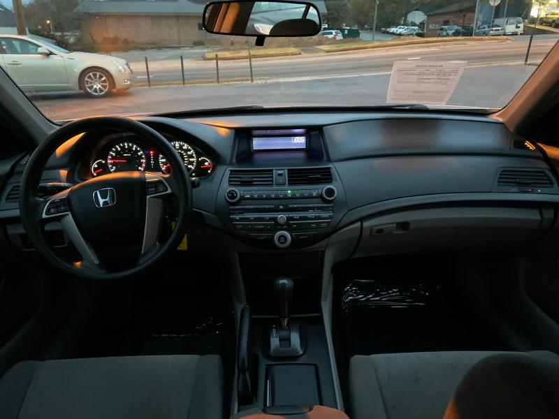 Honda Accord 2009 price $2,000 Down
