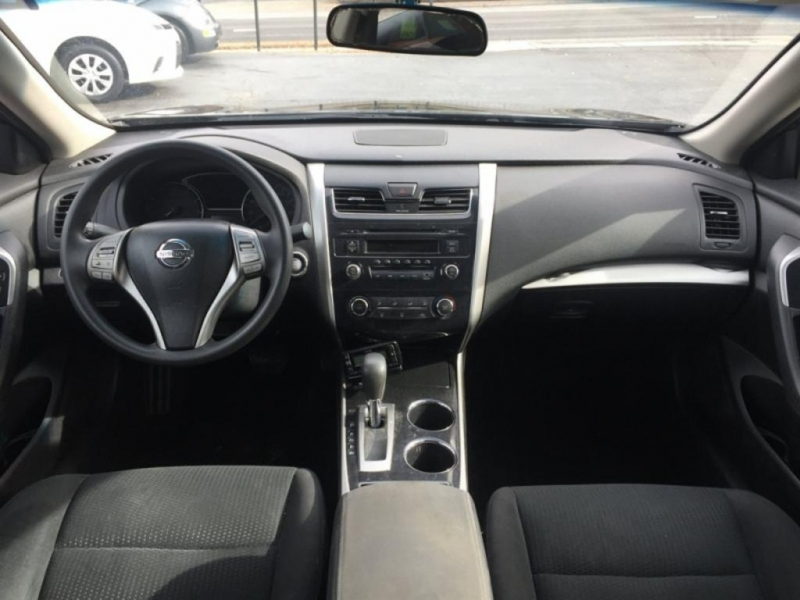 Nissan Altima 2014 price $1,500 Down