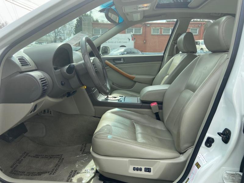 Infiniti G35 Sedan 2004 price $4,900