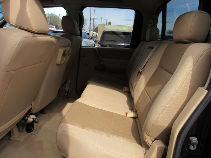 Nissan Titan 2009 price $8,795